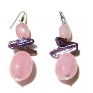 Orecchini con quarzo rosa e perle di acqua dolce e argento 925.  Monachella in argento 925